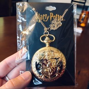 NWT ✨ Harry Potter Gryffindor Watch Necklace